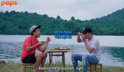 """[Clip]'Thánh không cảm xúc' Hồ Quang Hiếu trổ tài """"săn cá"""" cùng Trường Giang giữa """"đảo hoang"""""""
