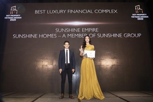 Hoa hậu Lương Thuỳ Linh bất ngờ trở thành Giám đốc phát triển dự án Sunshine Group