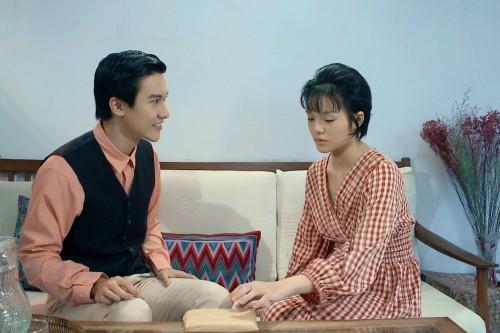 """Trắng tay vì bị anh trai mất sạch, YeYe Nhật Hạ đã có trai đẹp """"nguyện xin chết"""""""