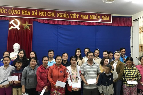 Đỗ Mỹ Linh, Tiểu Vy, Lương Thuỳ Linh có mặt tại Huế, trao quà cho người dân gặp khó khăn sau bão lũ
