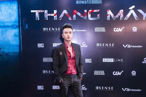 Hồ Quang Ngọc gây ấn tượng tại lễ ra mắt phim Thang máy