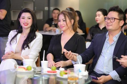 """Sữa chua Trân châu Hạ Long """"chơi lớn"""" khi mời Bằng Kiểu, Minh Tuyết, Nguyễn Hồng Nhung vào cổ đông"""