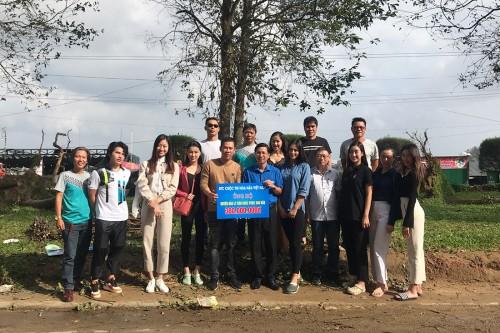 BTC Hoa Hậu Việt Nam dành 2,5 tỷ đồng cho bà con tại Quảng Ngãi - Quảng Nam trong đợt cứu trợ lần 2