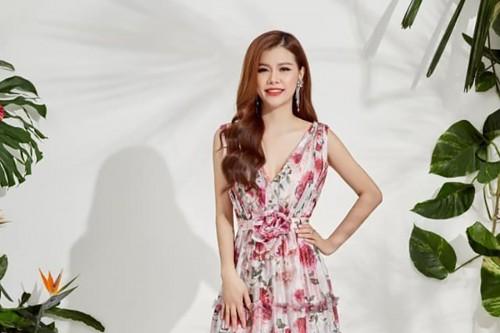 """Easter Lily giám đốc xinh đẹp tài năng của thương hiệu Neva đã làm gì để chiều gu thời trang """"đỏng đảnh"""
