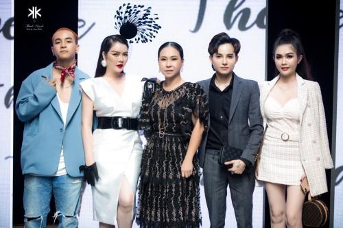 Doanh nhân Trần Viết Đạt chi hơn 100 triệu mua váy The Mirage by Thanh Huỳnh làm từ thiện