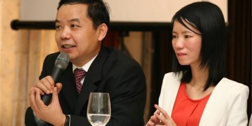 Ông Nguyễn Văn Phước, Giám đốc công ty First News - Trí Việt được tặng giải thưởng phát triển văn hoá đọc liên tiếp hai năm