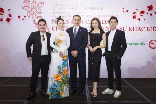 Thanh Thanh Huyền, Ngọc Anh Anh cùng Tổng lãnh sự Canada cổ vũ nhân sâm