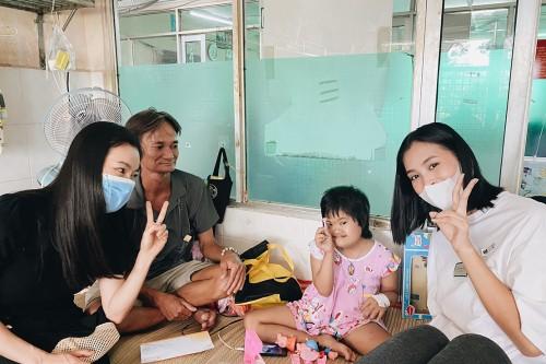 Clip: Tiểu Vy đồng hành cùng CLB Suối mát từ tâm kêu gọi gây quỹ giúp đỡ phụ nữ và trẻ em bị ung thư