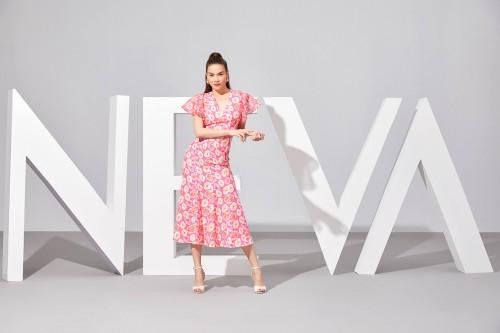 Giải nhiệt mùa hè cùng BST Fascinated Bloom x Hồ Ngọc Hà của NEVA Fashion