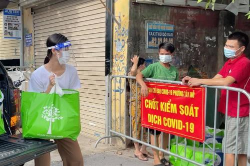 """Hoa hậu Việt Nam Đỗ Hà kêu gọi ủng hộ Chương trình thiện nguyện """"Cùng Tiền Phong tiếp sức tuyến đầu chống dịch COVID-19"""""""