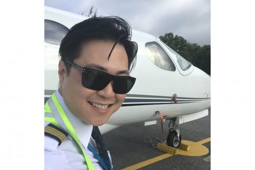 Phi công Đăng Nguyễn : hành trình thiện nguyện đâu cần thanh niên có